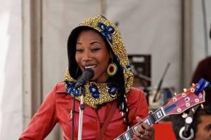1280px Fatoumata Diawara Festival Du Bout Du Monde 2012 001