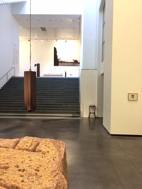 eduardo chillida le fantastique architecte du vide le sculpteur devenu forgeron est au mus e. Black Bedroom Furniture Sets. Home Design Ideas