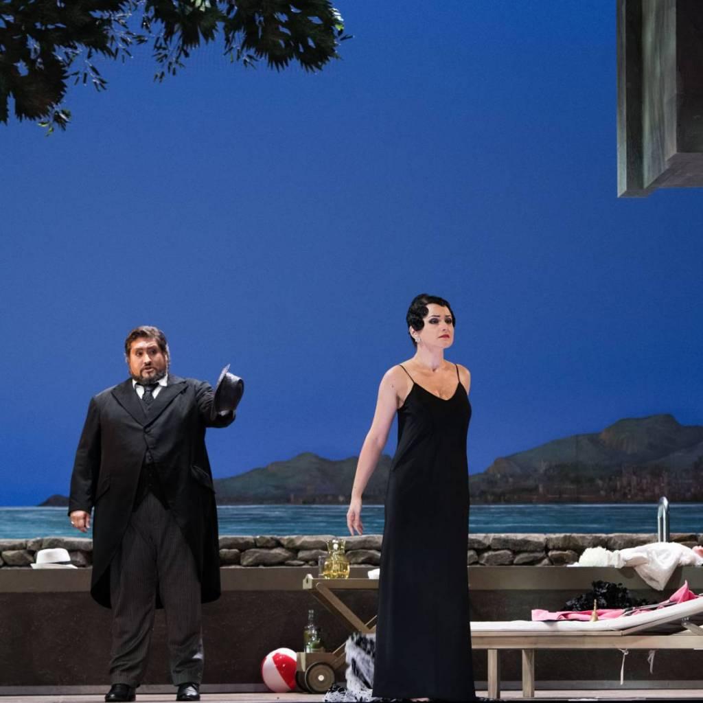 La Traviata Nicola Alaimo (Giorgio Germont) Et Anita Hartig (Violetta) Crédit Mirco Magliocca JPG