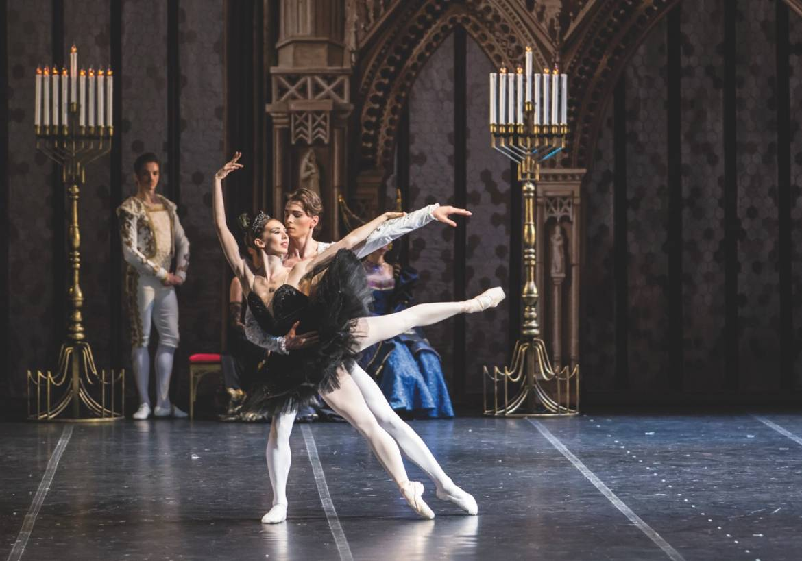 YB Swan Lake©Vlad Stepanenko(16)
