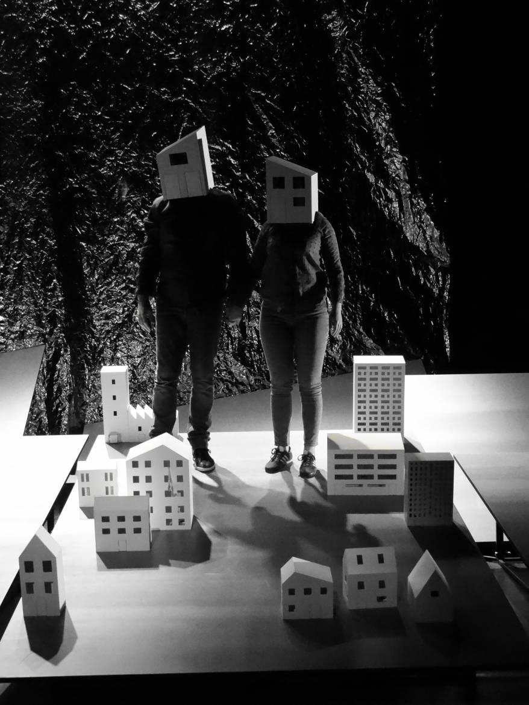 Photos de travail : MJC Rodez / Théâtre de 2 Points © Arnaud Peyraube