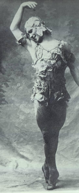 Nijinski dans Le Spectre de la rose