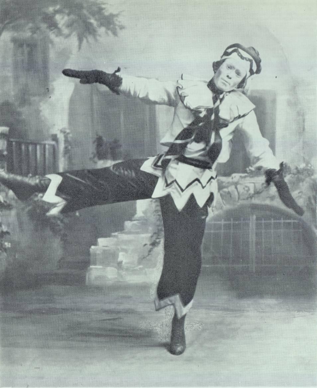 Nijinski dans Petrouchka (costume d'Alexandre Benois)