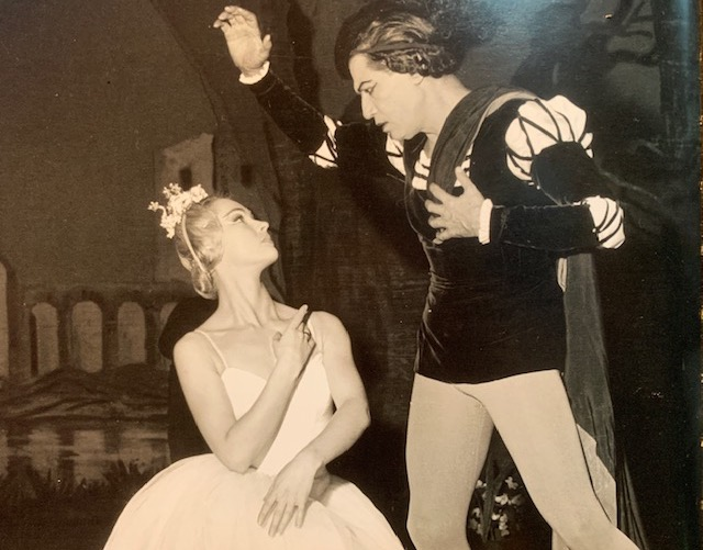 Claude Bessy et Serge Lifar dans Giselle © Studio Lipnitzki / Roger-Viollet