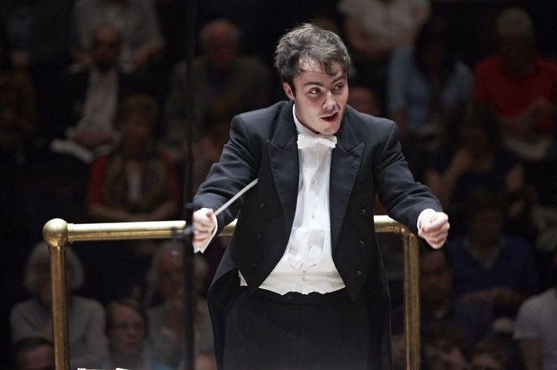 Le chef d'orchestre britannique Ben Gernon - Photo Kevin Leighton -