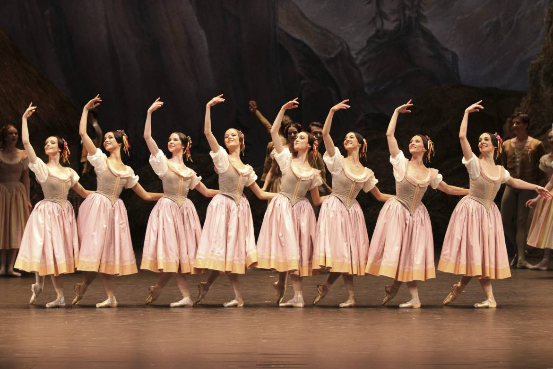 Giselle - Dorothee Gilbert © Svetlana Loboff/OnP