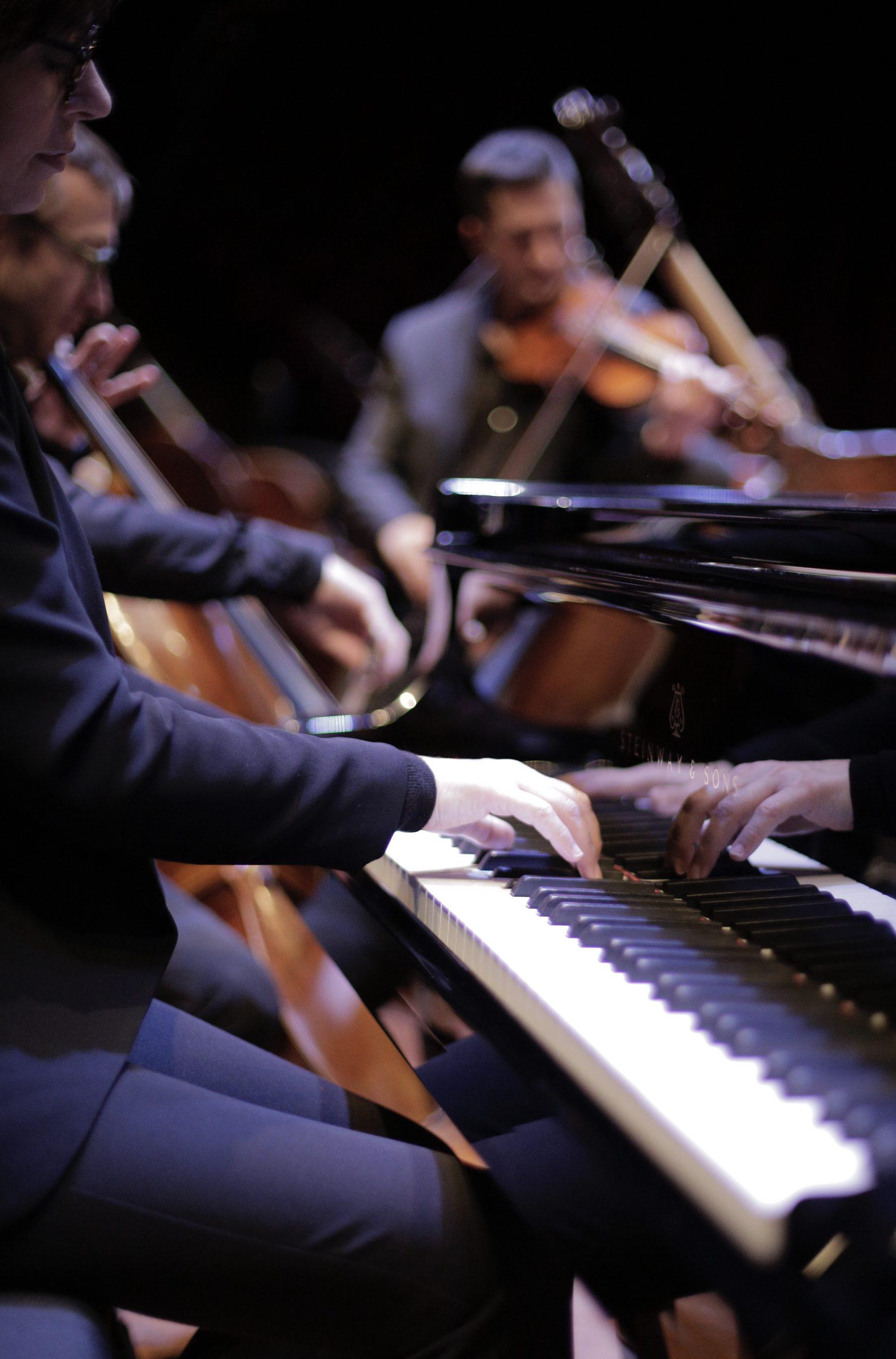 Clefs De Saint Pierre Piano