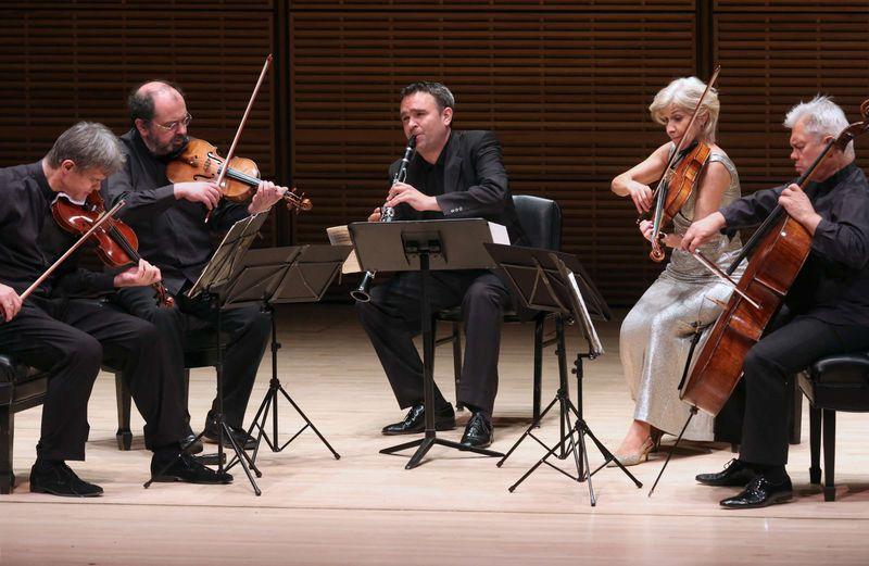 Hagen Quartet et Jörg Widmann - Photo Steve J. Sherman -