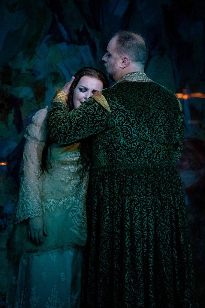 Ricarda Merbeth (Elektra), Matthias Goerne (Oreste) © Mirco Magliocca