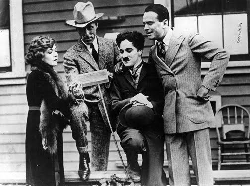 Mary Pickford / DW Griffith / Charles Chaplin / Douglas Fairbanks