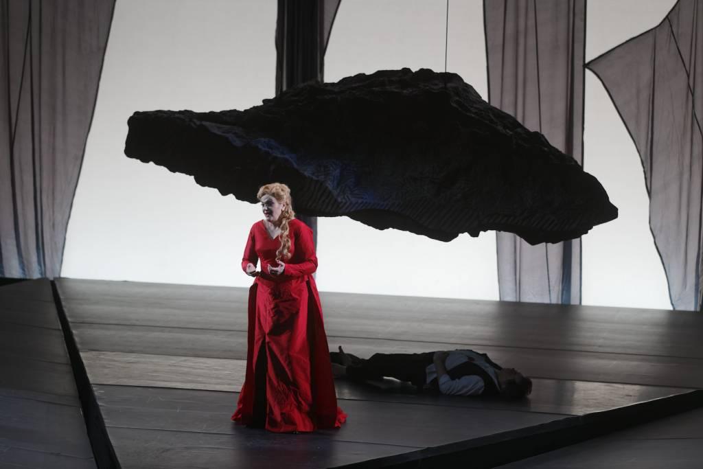 Elisabete Matos (Isolde), Robert Dean Smith (Tristan) © Patrice Nin