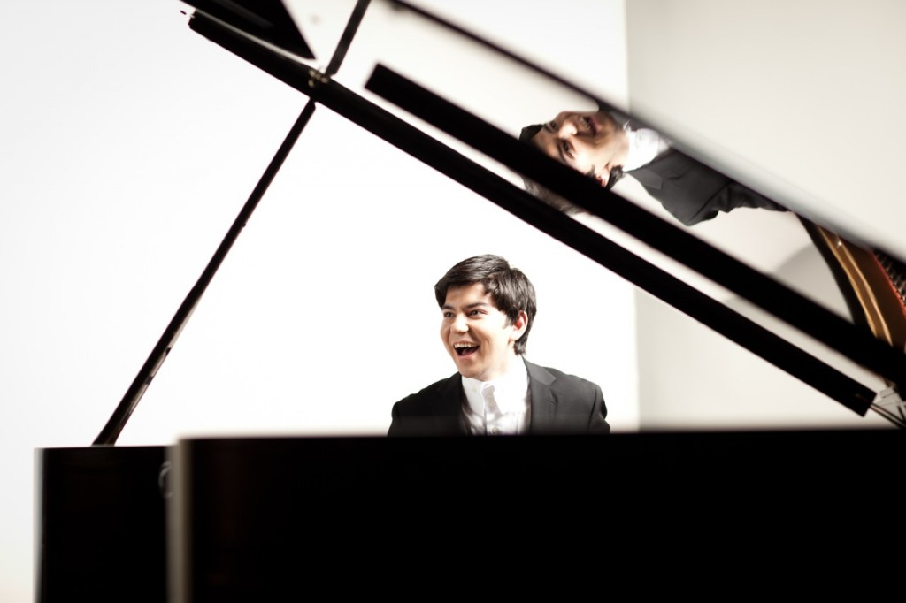 Behzod Abduraimov © Ben Ealovega and Decca