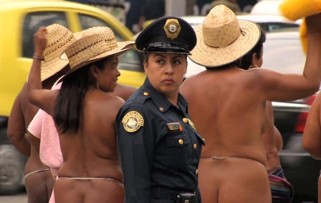 Clarisse Hahn - Los Desnudos