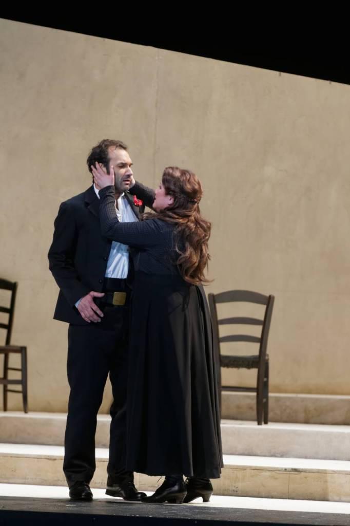 Cavalleria rusticana / Nicolai Schukoff (Turiddu), Elena Bocharova (Santuzza) © Patrice Nin