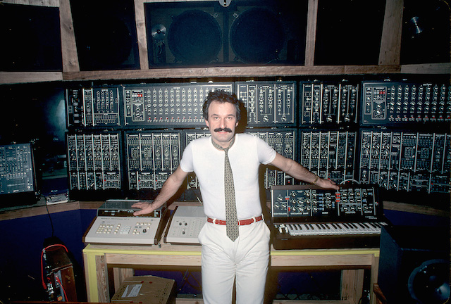 Giorgio Moroder en studio