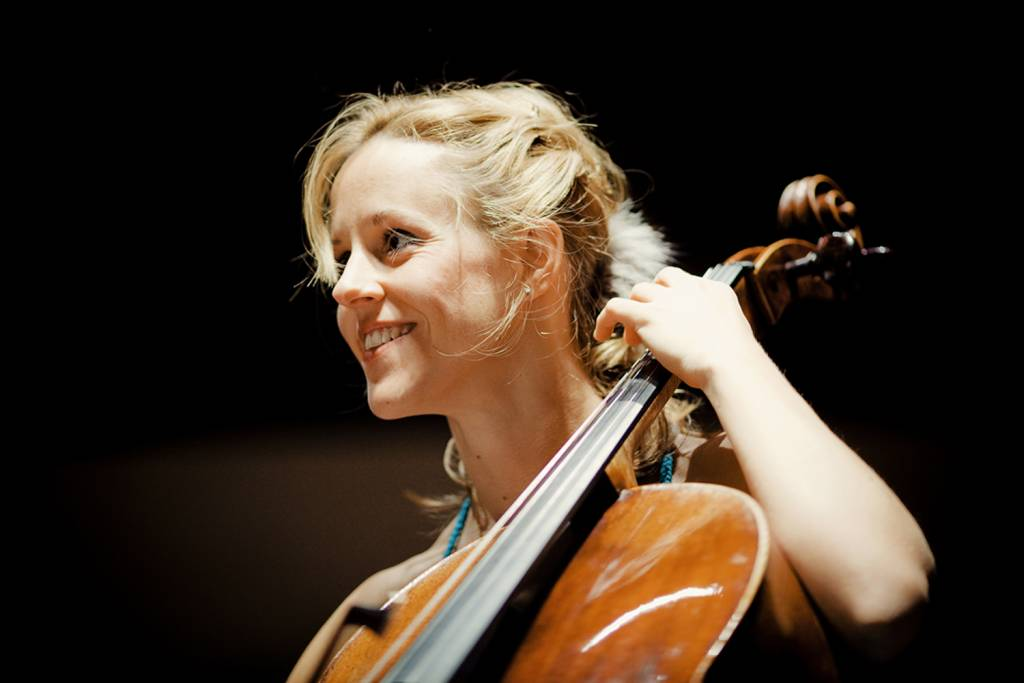 Sol Gabetta   Photo: Marco Borggreve