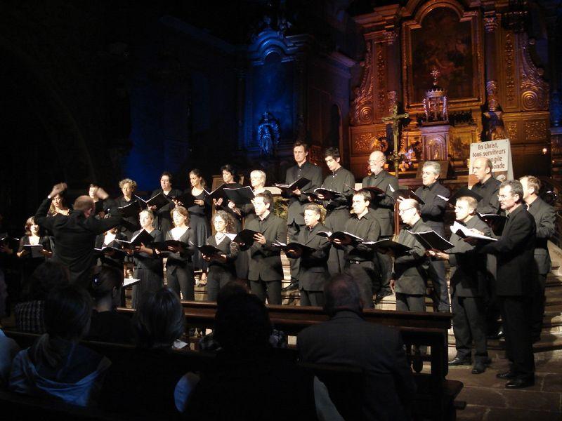 Le Chœur Archipels, atelier vocal du choeur de chambre les éléments, sous la direction de Joël Suhubiette, participera à cette série de concerts