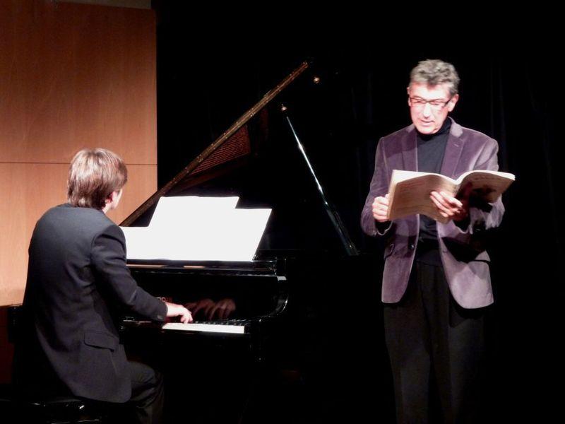 Le pianiste Jérémie Honnoré et le conteur François Castang