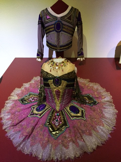 costumes ballets