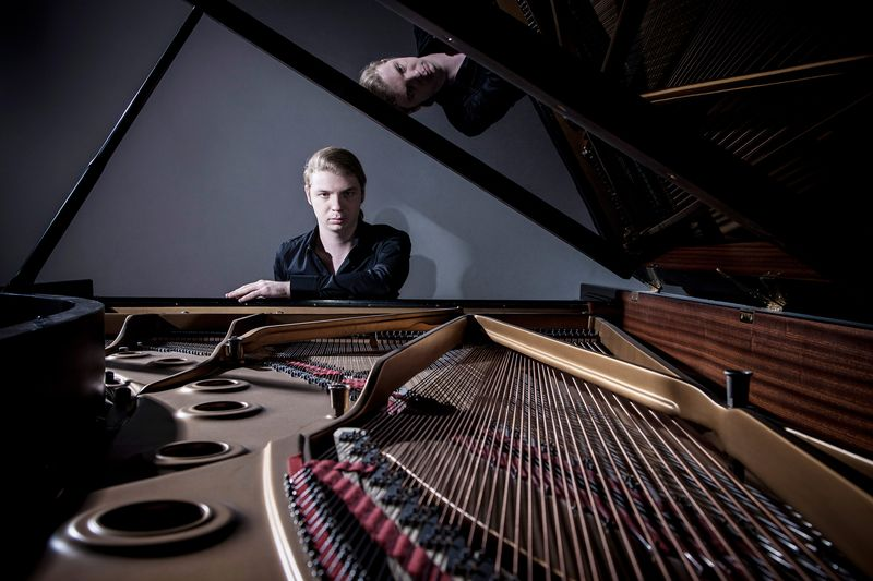 Le jeune pianiste russe Denis Kozhukhin - Photo Paul Marc Mitchell