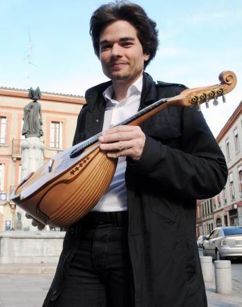 Le mandoliniste Julien Martineau