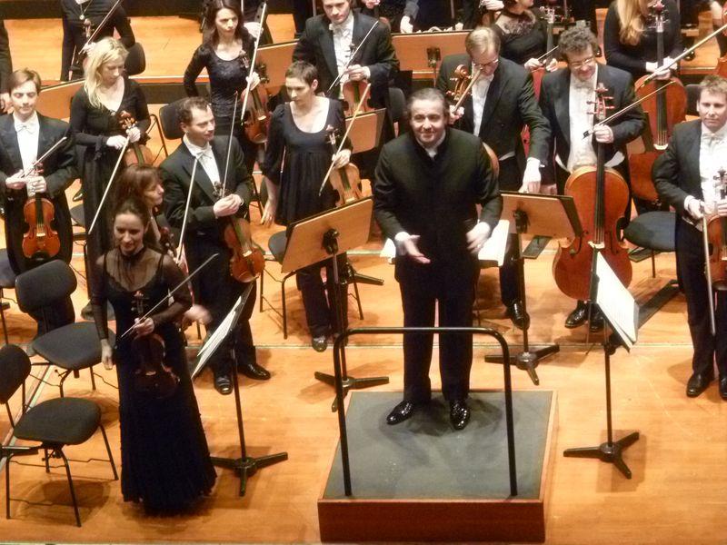 Le chef d'orchestre espagnol Juanjo Mena, lors du concert donné à Toulouse le 15 mars 2013 - Photo Classictoulouse -
