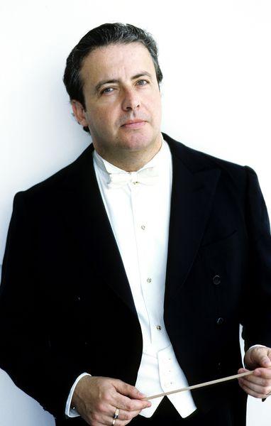 Le chef d'orchestre espagnol Juanjo Mena  - Photo Sussie Ahlburg -