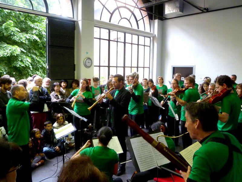 L'Ensemble Baroque de Toulouse, dirigé par Michel Brun, lors de l'introduction de Passe ton Bach d'abord 2013, le samedi 8 juin - Photo Classictoulouse -
