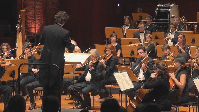 La Philharmonie de Toulouse, dirigée par Stanislas de Monredon