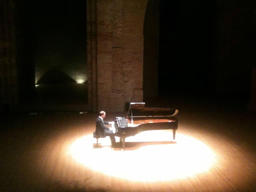 Toulouse, Piano aux Jacobins. Récital Jonas Vitaud © Bruno Serrou