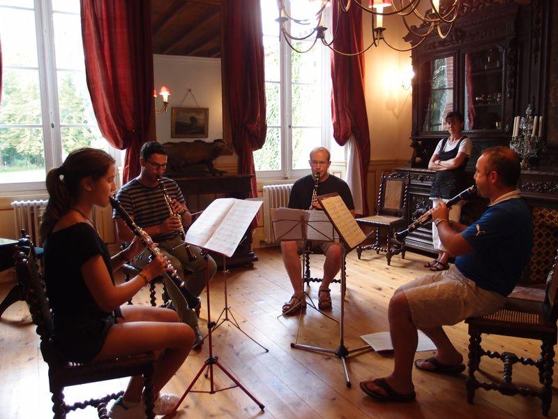 Le clarinettiste David Minetti et sa classe