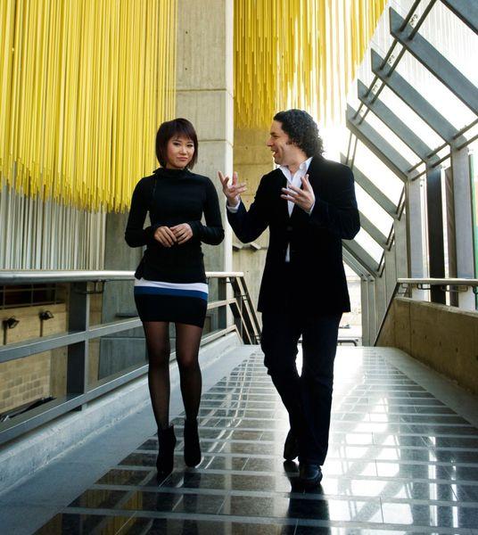 La pianiste Yuja Wang et le chef d'orchestre Gustavo Dudamel - Photo Nohely Oliveros -O